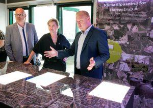 CALL Copenhagens leder Ole Larsen fortæller om klimatilpasning af Harrestrup Å.